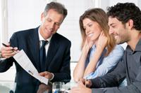 El coste de las sanciones de los clientes asumido por el asesor en responsabilidad contractual tiene beneficio fiscal asociado