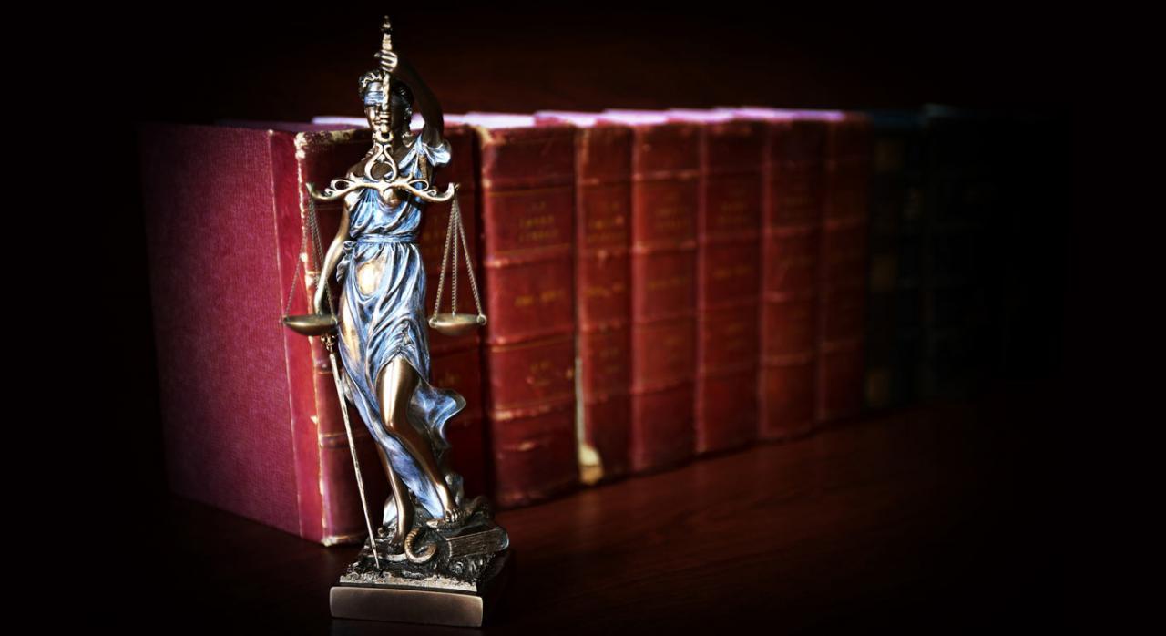 Asistencia jurídica gratuita. Imagen de figura de la Justicia