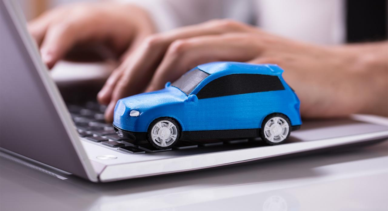 Subrogación en la póliza del seguro obligatorio del adquirente de un vehículo. Baja y novación para asegurar otro vehículo