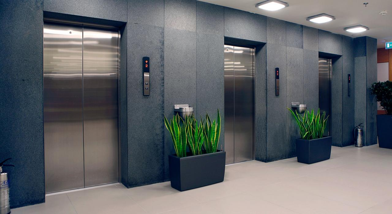 Imagen de puertas de ascensores